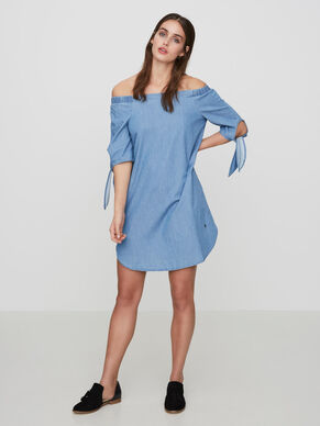 OFF-SHOULDER KLÄNNING