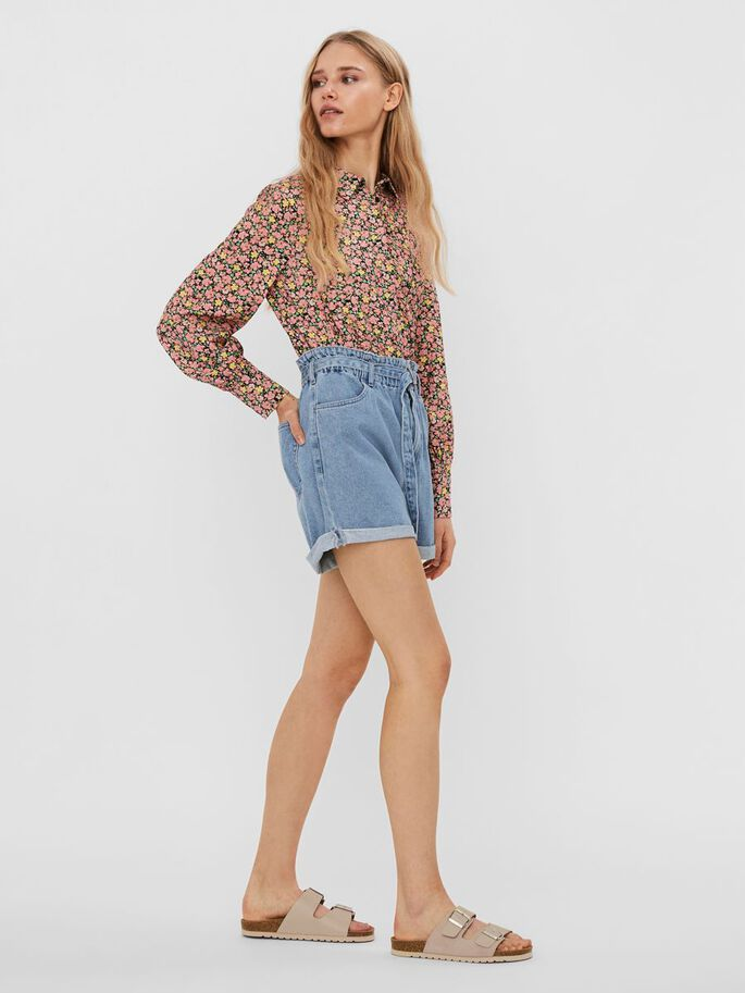 HIGH WAISTED DENIM SHORTS, Light Blue Denim, large