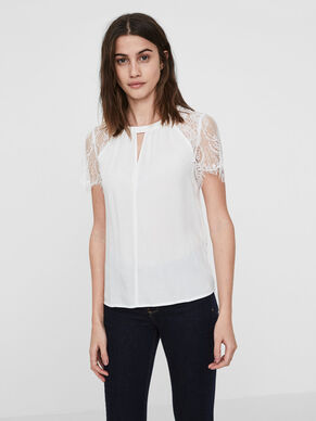 LACE SHORT SLEEVED TOP