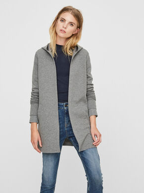 BEQUEME STRICKJACKE