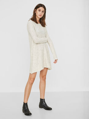 FEMININE KNITTED DRESS