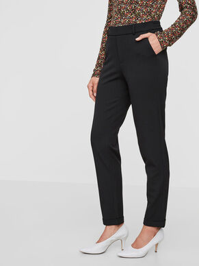 af5d9d7227db LOOSE FIT TROUSERS · LOOSE FIT TROUSERS. Vero Moda
