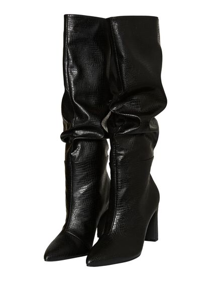 LONG WRINKLE BOOTS