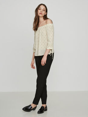 OFF-SHOULDER 3/4 SLEEVED BLOUSE