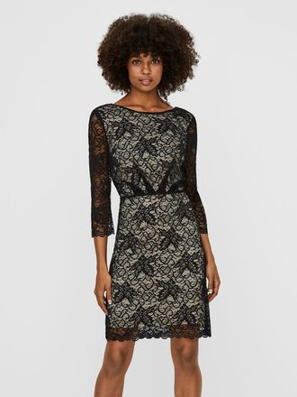 LACED 3/4 SLEEVED MINI DRESS