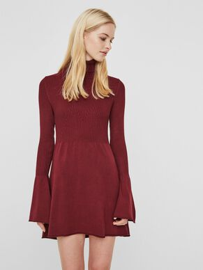 FEMININE LONG SLEEVED DRESS