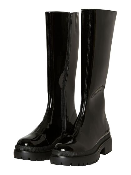 LONG CHUNKY BOOTS