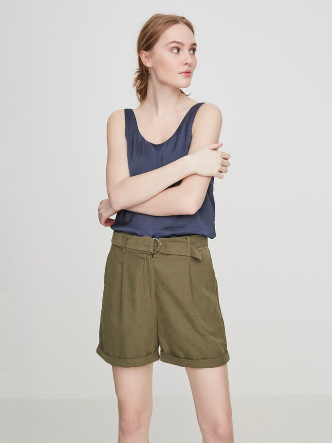 FEMININE HW SHORTS, Ivy Green, large